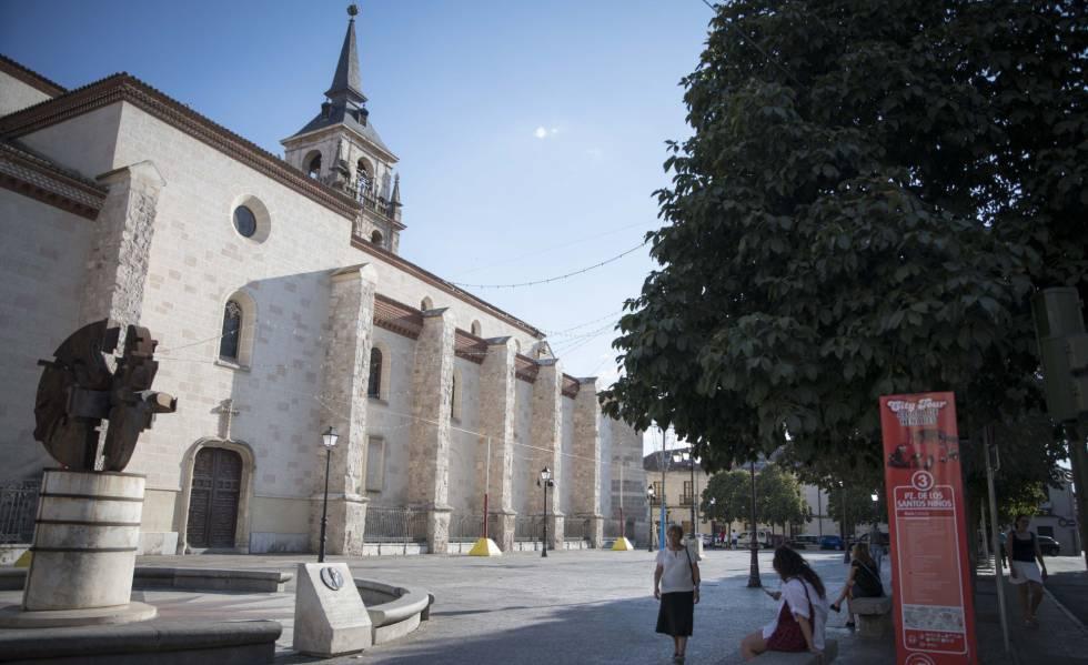 Plaza de los Santos Niños en Alcalá de Henares.rn rn rn rn rn rn rn rn