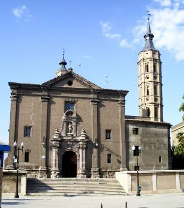 Iglesia de San Juan de los Panetes (Zaragoza, España). © Escarlati