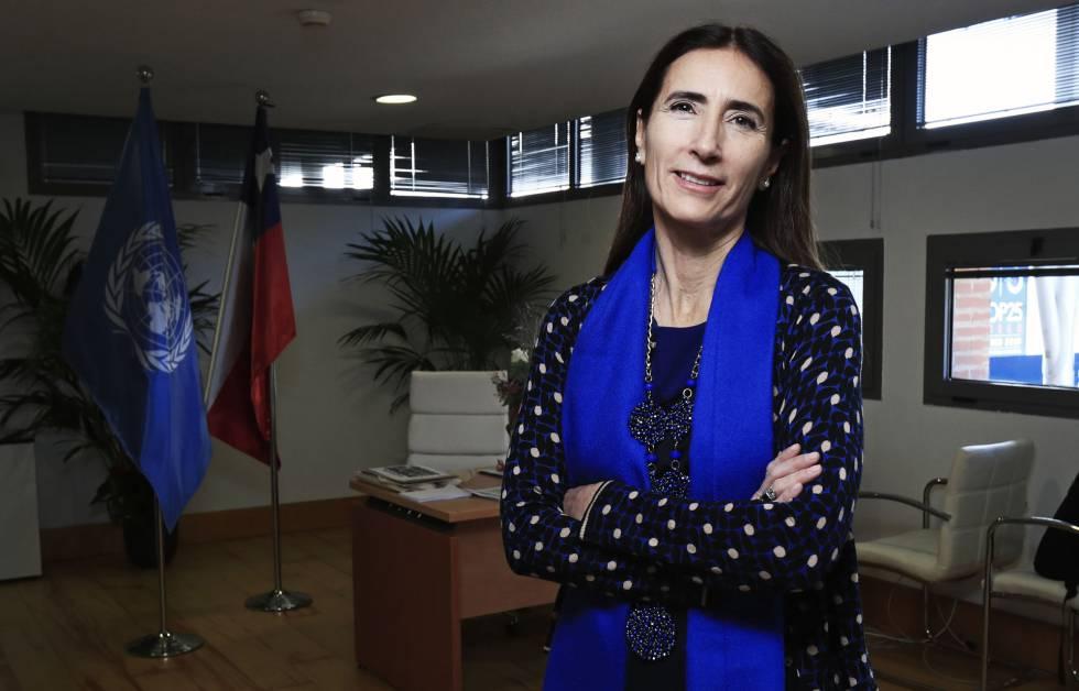 Carolina Schmidt, ministra chilena de medio ambiente y presidenta de la COP25, en su despacho en la cumbre.