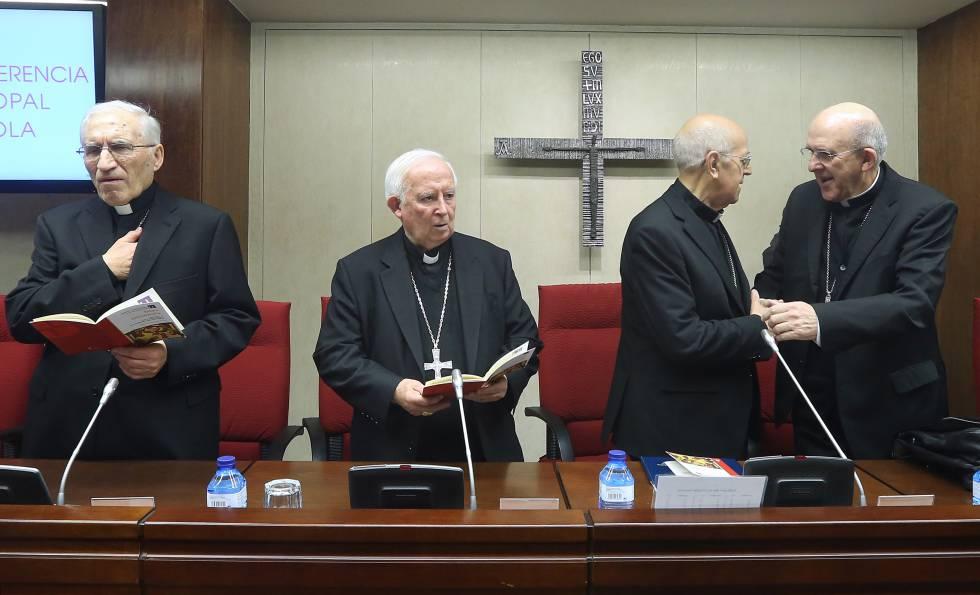 Rouco Varela, Cañizares, Blázquez y Osoro, en una asamblea de la Conferencia Episcopal Española.