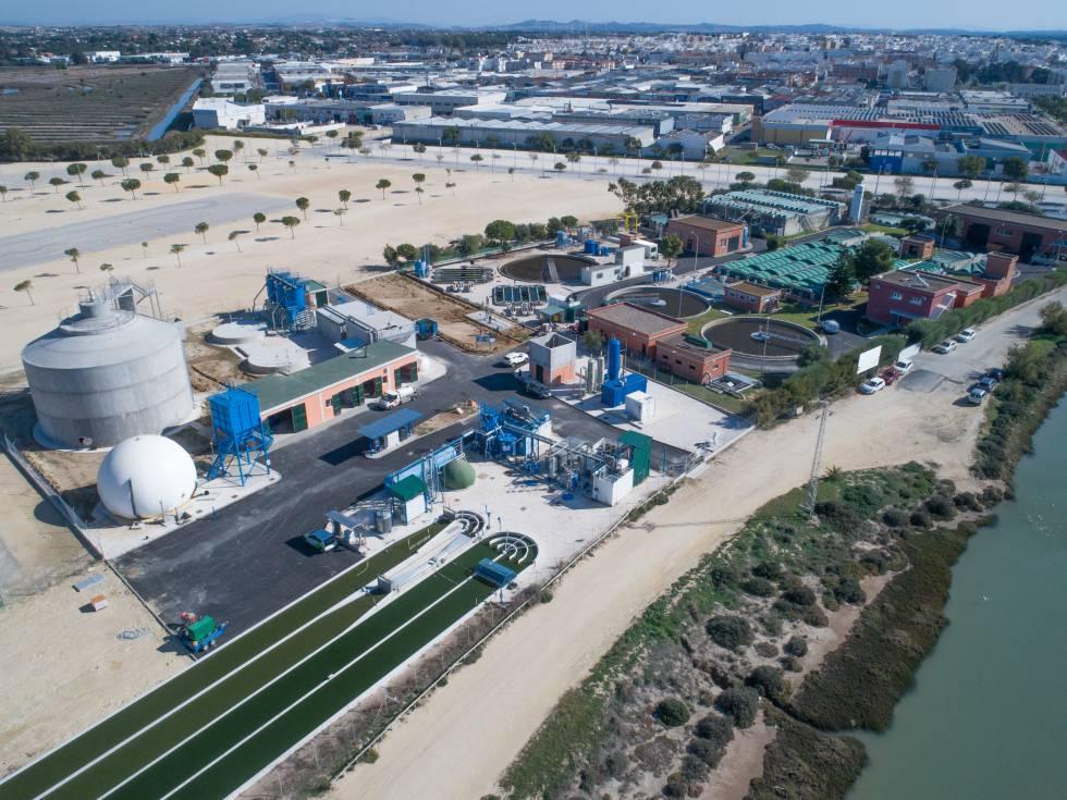 Depuradora de Chiclana, donde se puede llegar a producir biometano para mover un centenar de vehículos al día.
