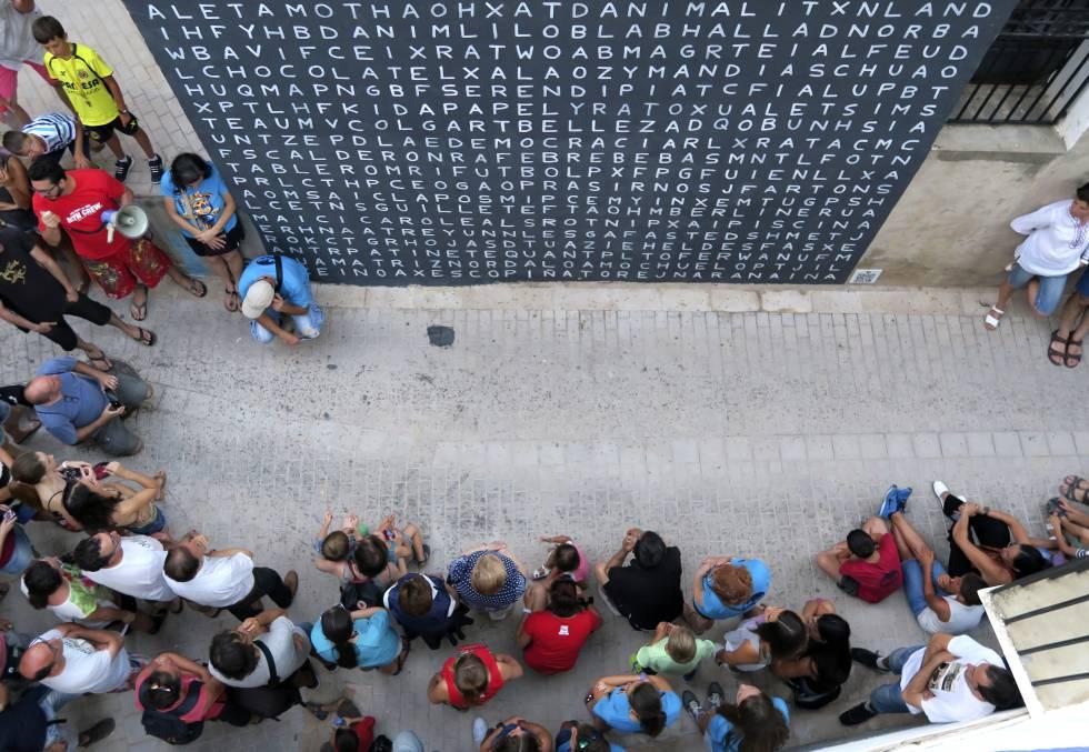'Sopa de letras'. Mural de Aïda Gómez en Fanzara.