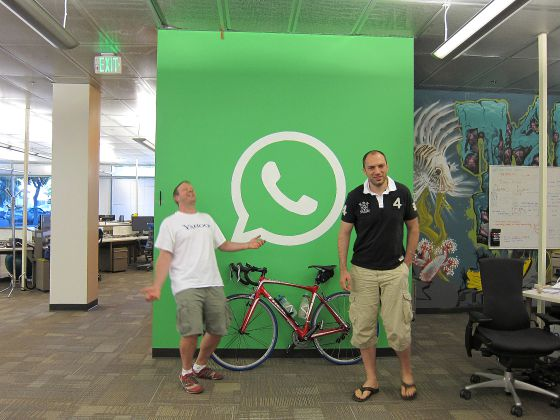 Brian Acton y Jan Koum, fundadores de Whatsapp.