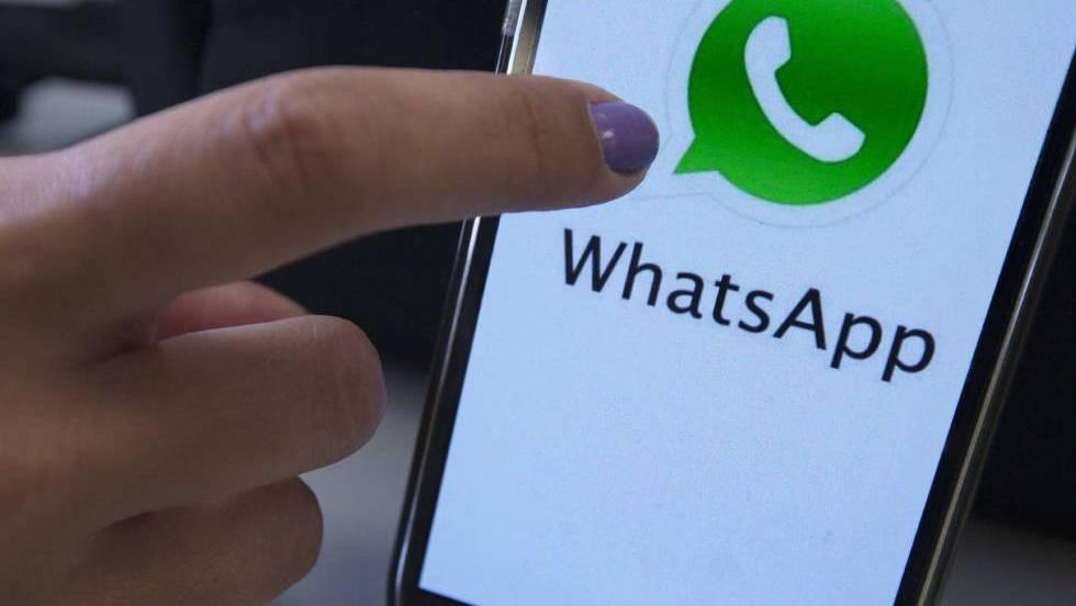¿Puedo leer los mensajes de otro celular o computadora portátil?