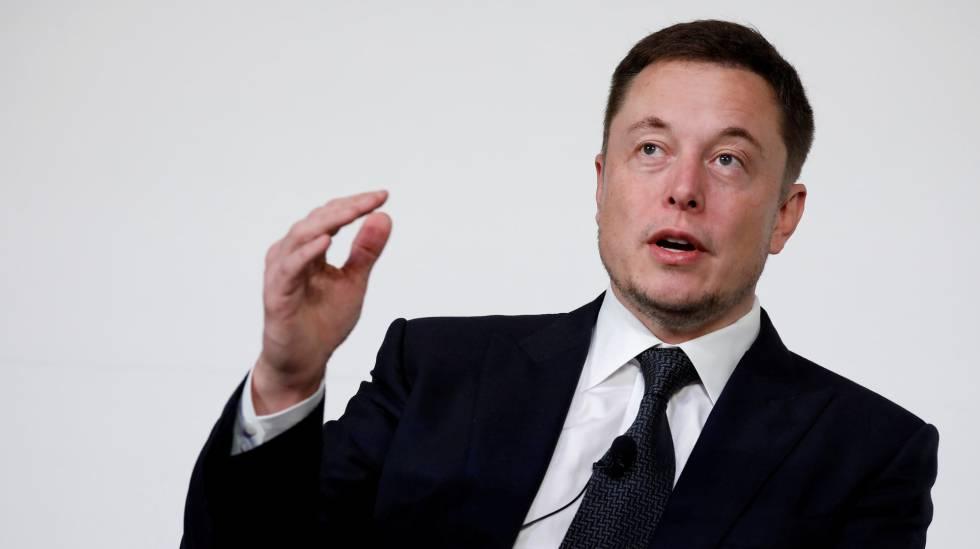 Elon Musk, fundador y consejero delegado de Tesla y SpaceX habla en la conferencia de I+D de la Estación Espacial Internacional.
