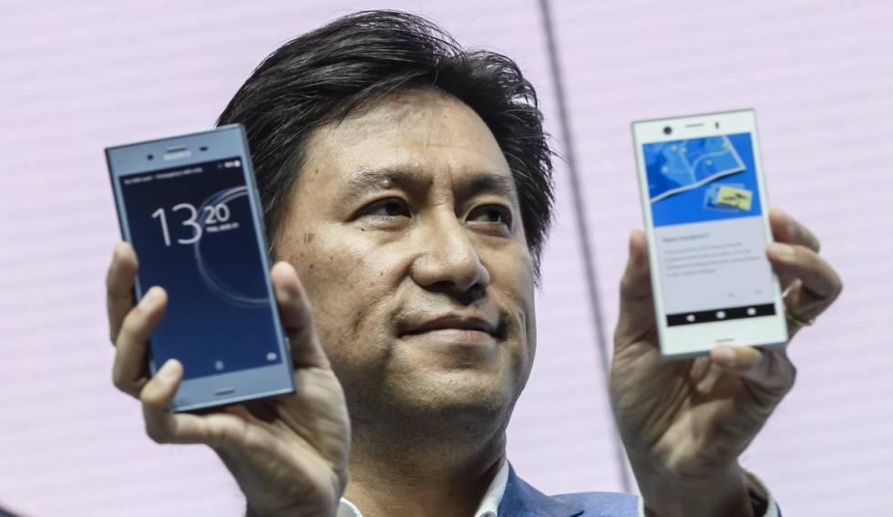 El vicepresidente ejecutivo de Sony Mobile, Hideyuki Furumi, presenta el nuevo Sony Experia XZ1 y XZ1 Compact durante la IFA, en Berlín.