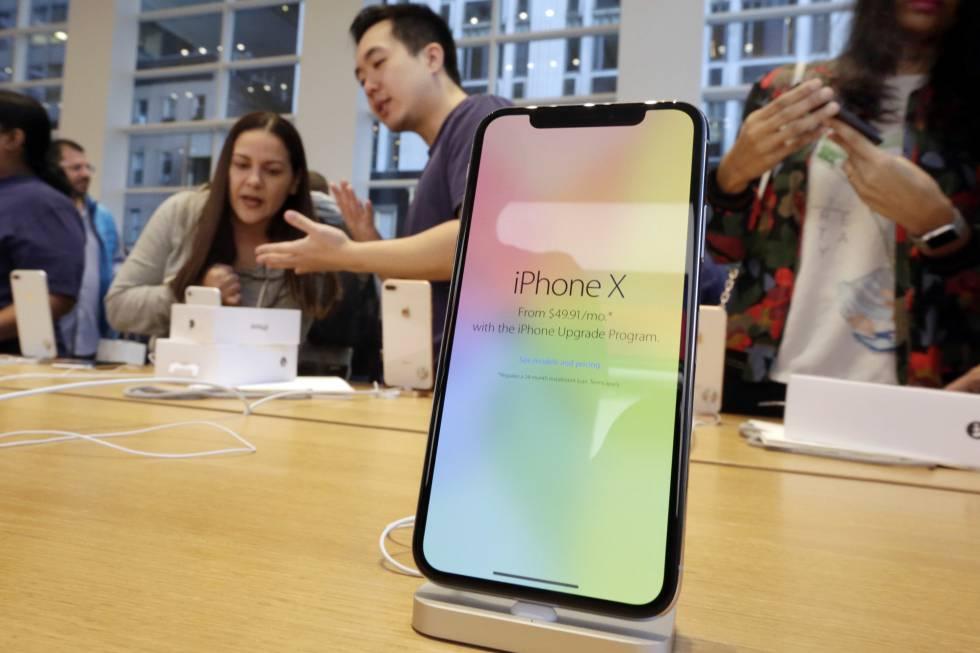 El iPhone X de Apple en una de sus tiendas.