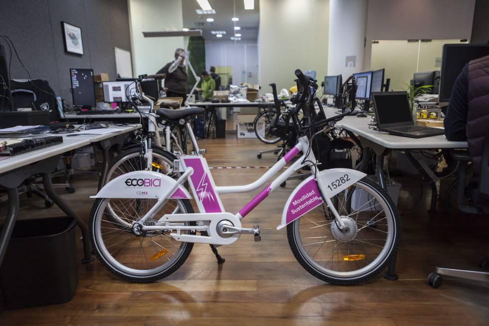 La bicicleta eléctrica de la Ciudad de México, en el laboratorio de Vectro Bikes.