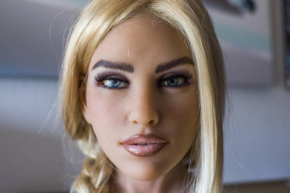 Modelo de la muñeca Harmony, que estará conectada a una aplicación de inteligencia artificial.