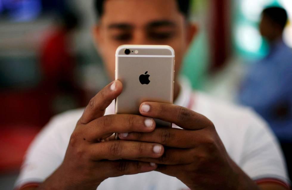 Apple trabaja en un iPhone con pantalla curva y que se controlaría ...