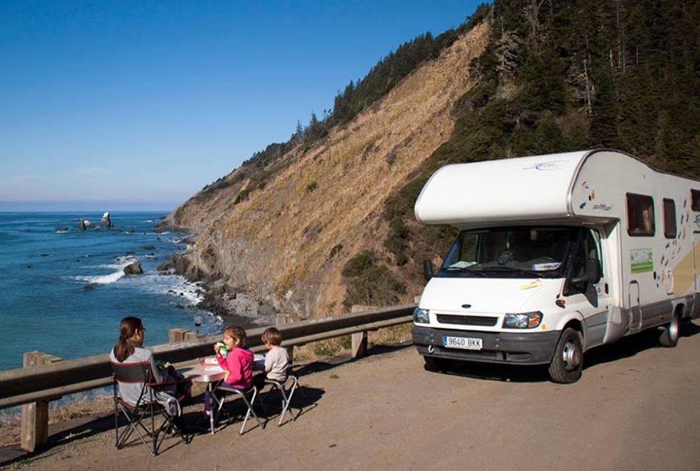 Cinco aplicaciones para planificar unas vacaciones en autocaravana
