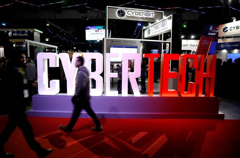 Visitantes del encuentro mundial Cybertech 2019 en Tel Aviv,