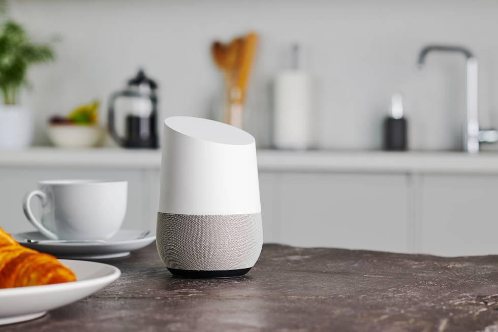 'Siri, ¿hay alguien ahí?': quién escucha las conversaciones que los usuarios mantienen con los asistentes