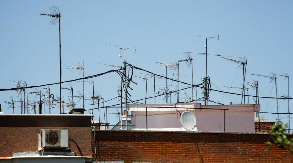 Antenas de un edificio de Madrid.