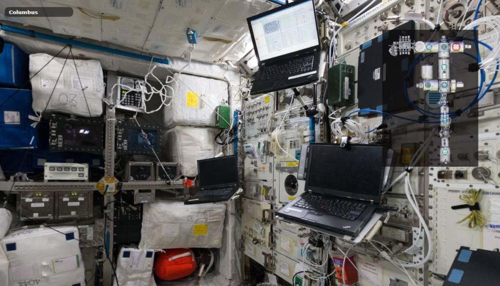 Interior del módulo Columbus de la ISS, donde arranca el recorrido virtual.