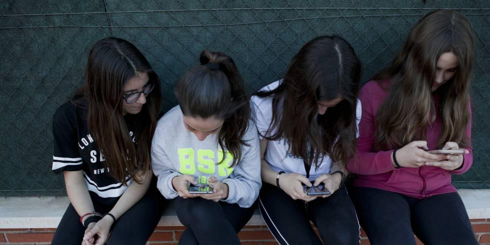 El uso del móvil no está relacionado con problemas de salud mental en los adolescentes, según un estudio