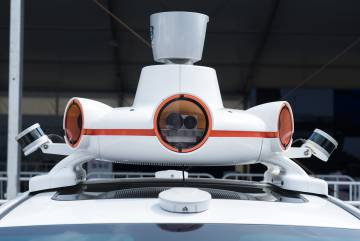 Batería de sensores, cámaras, y sistema LIDAR de los taxis de Didi.