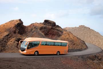 Un minibús eléctrico sin conductor como guía turístico de la Ruta de los Volcanes