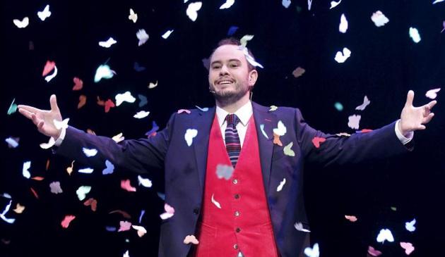 El mago Jorge Blass durante una de sus actuaciones.