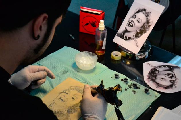 Así Se Aprende A Tatuar Verne El País