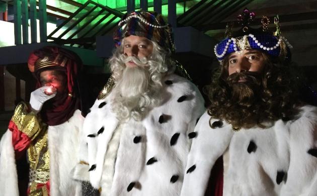 Ver Fotos De Los Reyes Magos De Oriente.La Carta De Los Reyes Magos A Los Padres Para Los Ninos