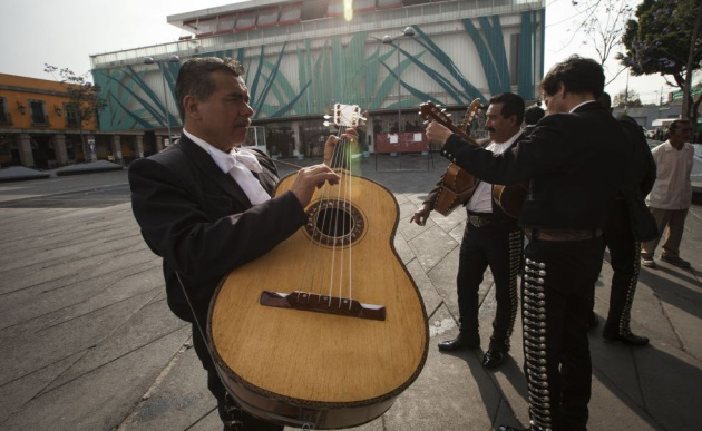 85cb1f7e2 El traje de charro y la nacionalidad mexicana son opcionales para ...