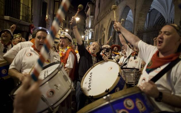 El ruido es una de las quejas de los extranjeros. En la imagen, El Estruendo, uno de los momentos más ruidosos de las fiestas de San Fermín.
