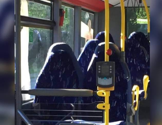 Una mujer con burka es una bolsa de basura Observatorio