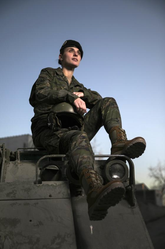 Imagenes de mujeres vestidas de militar