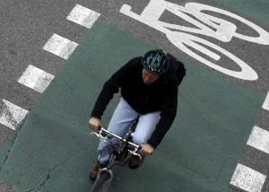 3c094a536 La DGT no sancionará a las bicis con luz intermitente tras una ...