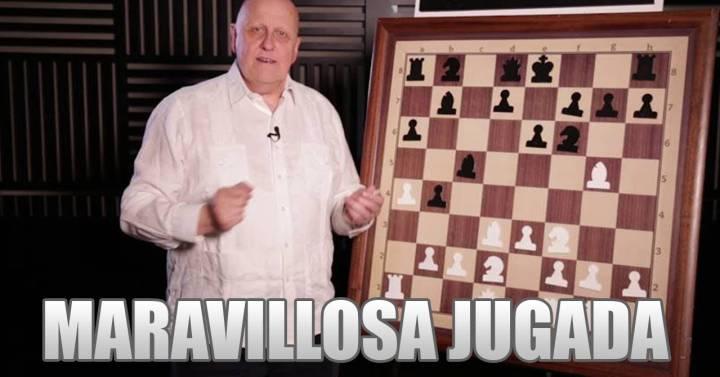"""Leontxo García y la """"maravillosa jugada"""" de protagonizar un meme sobre ajedrez"""