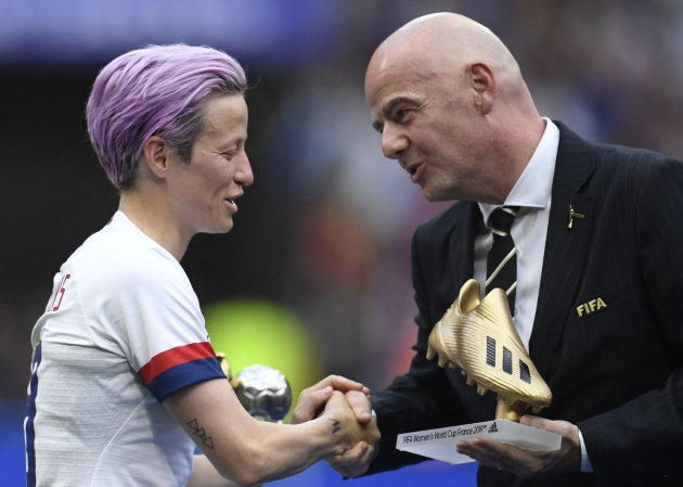 La afición de la final del Mundial reclama a coro la igualdad salarial para las mujeres en el fútbol