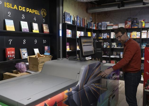 1580143836 716071 1580144995 noticia normal - 'Dragona', la máquina que imprime libros a la carta en menos de diez minutos
